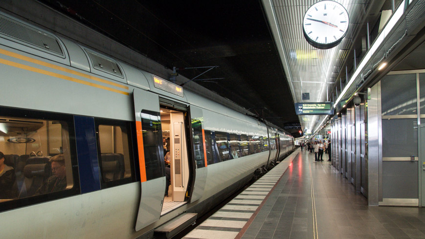 Bild: Öresundbahn in Malmö Central - Tiefbahnhof