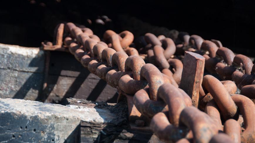 Bild: Ketten im Trockendock