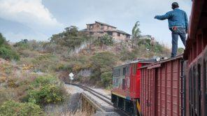 Otavalo – Ibarra – Salinas: El Tren de la Libertad
