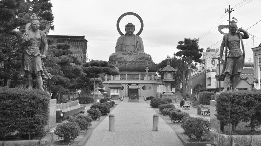 Bild: Takaoka Daibutsu in Japan