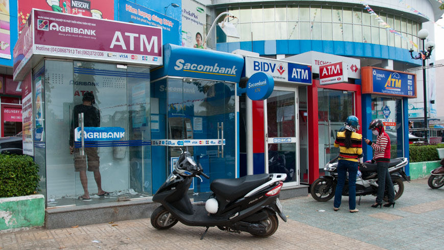 Bild: Bankomat in Vietnam