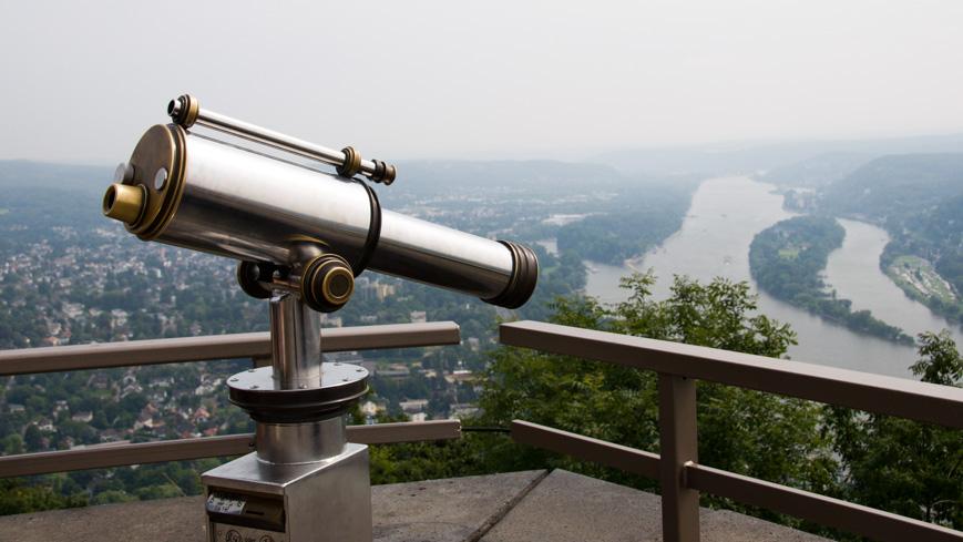 Bild: Aussichtsplattform am Drachenfels