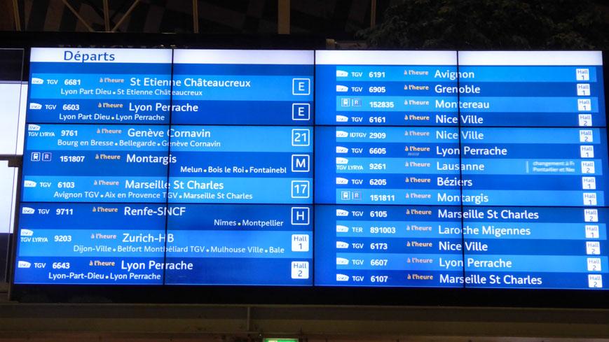 Bild: Abfahrtstafel am Gare de Lyon in Paris (c) Gudrun Krinzinger