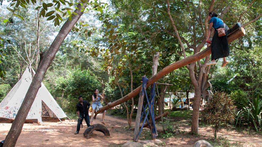 Bild: Youth Center in Auroville