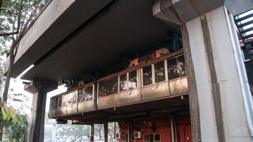 Bild: Skybus Metro Garnitur in Madgaon (Margao) in Goa/Indien