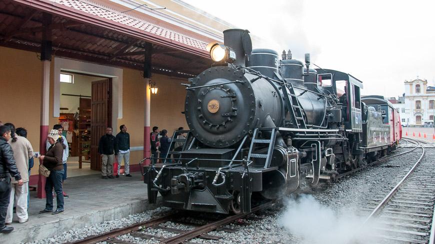 Bild: Dampflok im Bahnhof von Riobamba