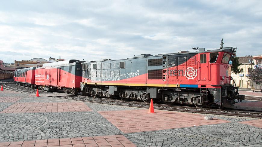 Bild: Tren Crucero am Bahnhof Riobamba