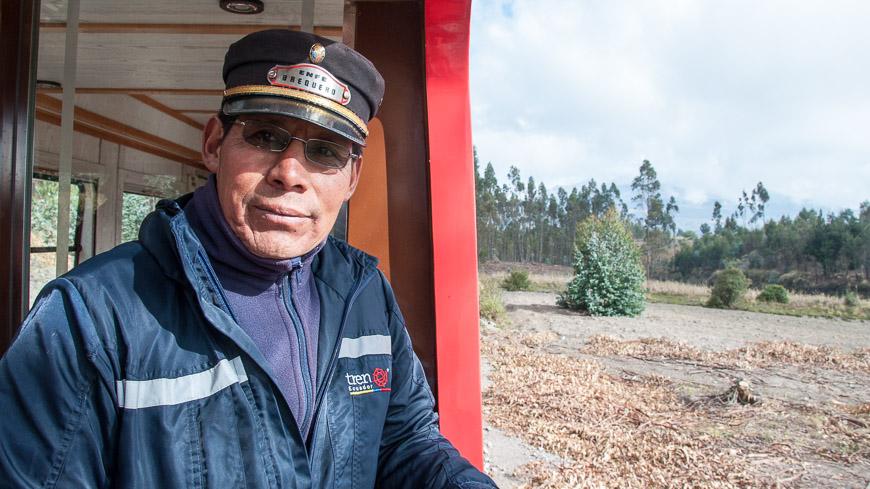 Bild: Tren Ecuador Mitarbeiter im Tren Crucero
