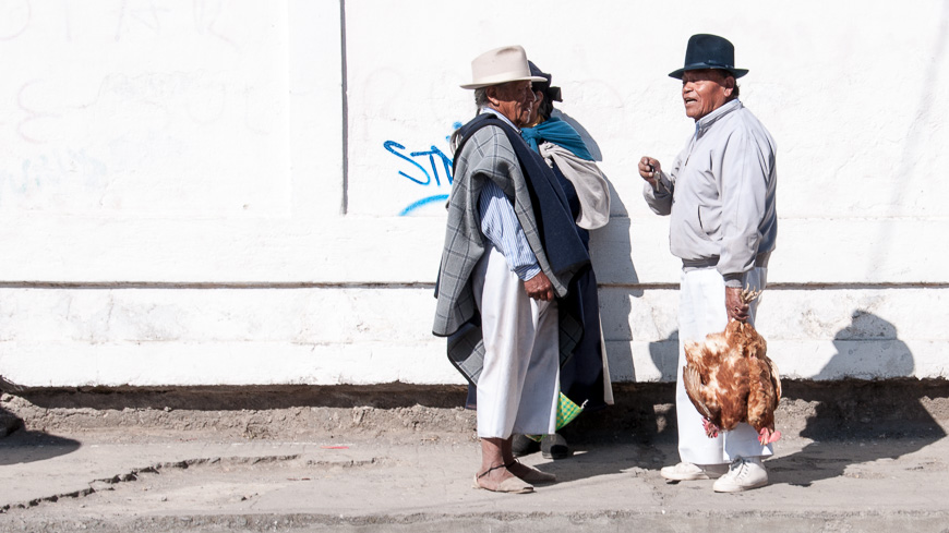 Bild: Tiermarkt Otavalo, Ecuador