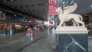 Treffpunkt am Wiener Hauptbahnhof: Der Markuslöwe