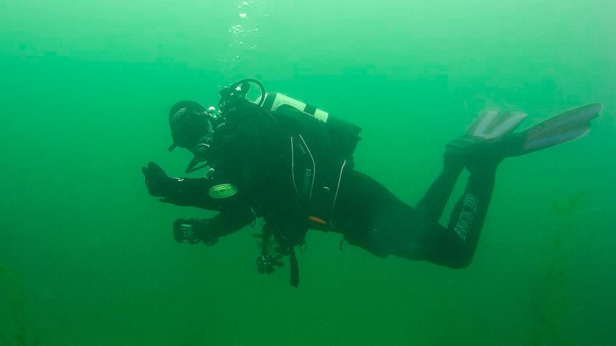 Bild: Gerhard beim Tauchen im Pichlinger See