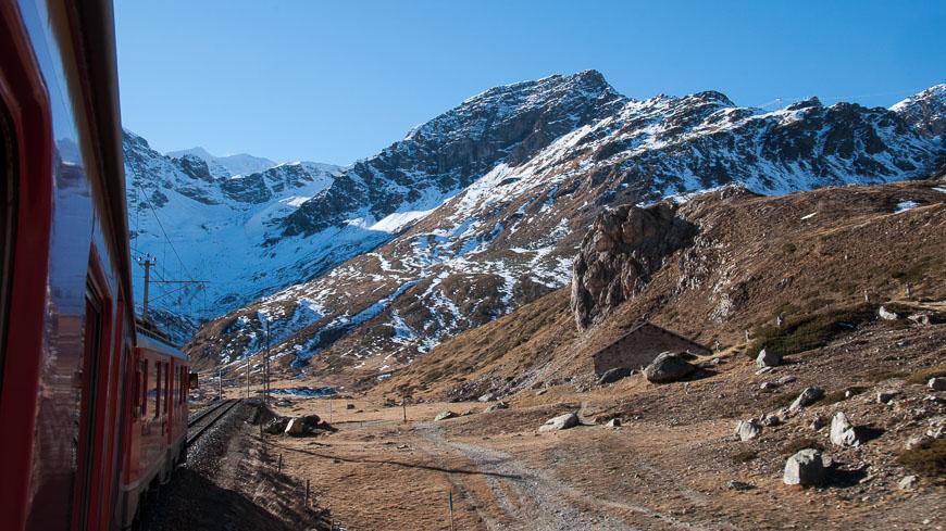 Bild: Bernina Express und Gletscher