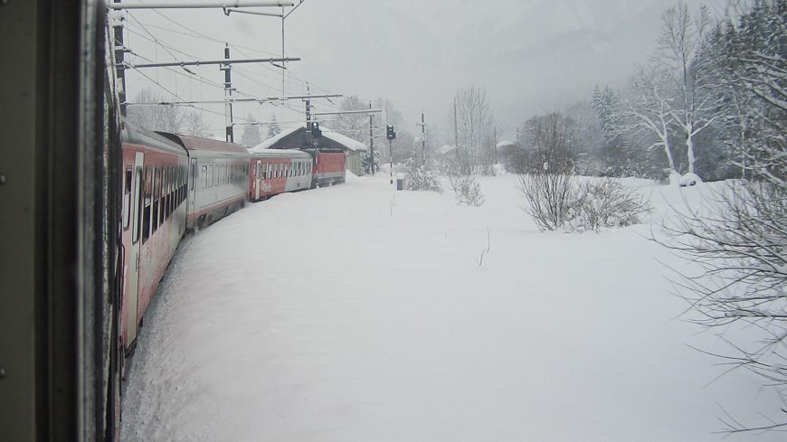 Bild: Salzkammergutbahn im Winter