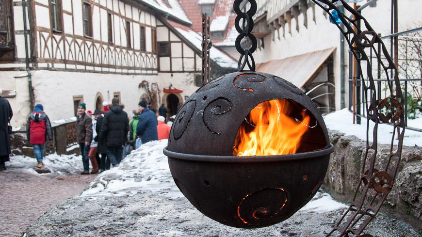 Bild: Feuerkugel auf der Wartburg in Eisenach