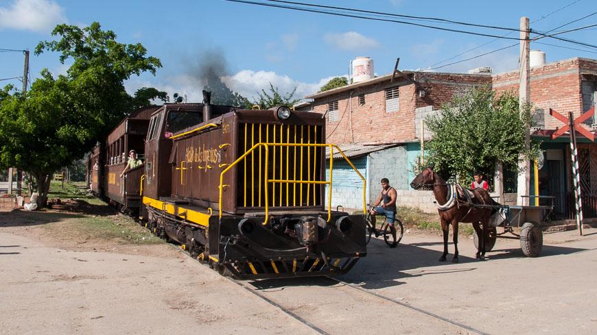 Bild: Tren Turismo ins Valle de los Ingenios