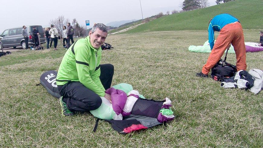 """Bild: Mein Pilot beim ersten Mal Tandem Paragliding: Kurt Rier von """"Gleitschirmfliegen in Südtirol"""""""
