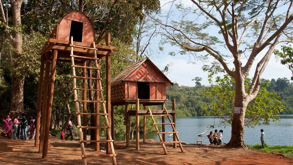 Hütten am Yeak-Laom-See