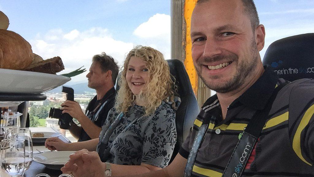 Dinner in the sky mit Sonja Winkler und Gerhard Liebenberger