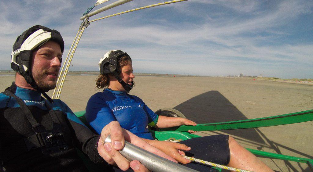 Gerhard Liebenberger und Julie von SYCOD beim Beach Sailing