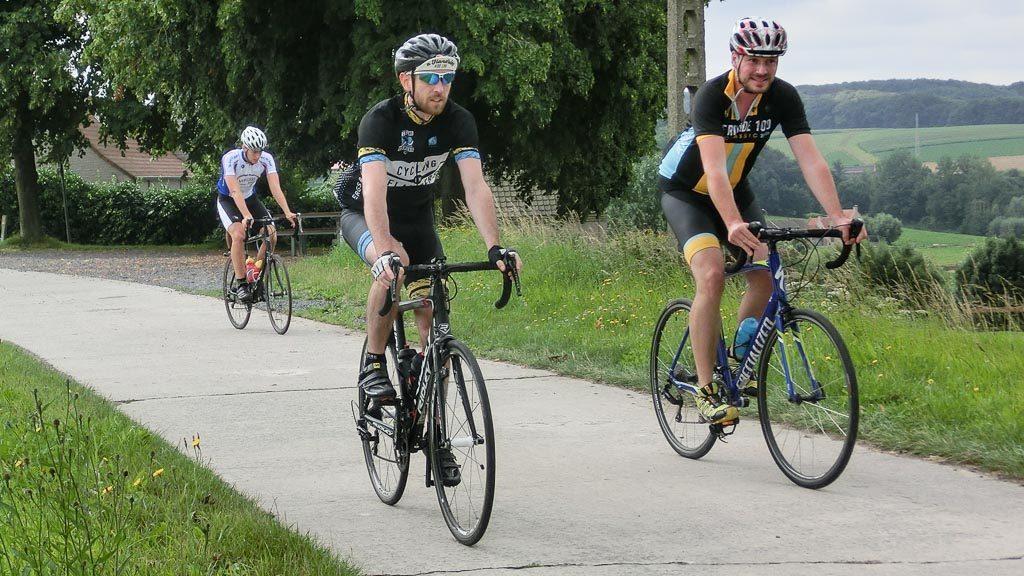 Ewoud Lagring und Gerhard Liebenberger am Rennrad