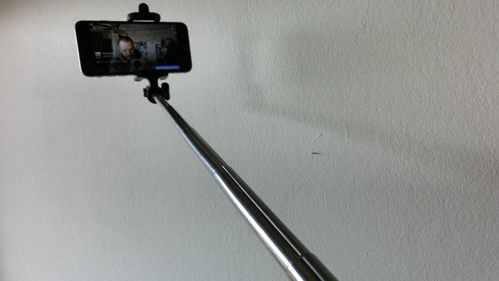 Billiger Selfie Stick fürs Smartphone