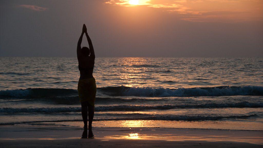 Sommerurlaub im Winter in Südostasien mit dem perfekten Sonnenuntergang