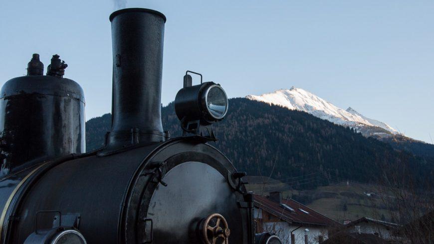 Dampflok und Berge in Salzburg (Pinzgau)