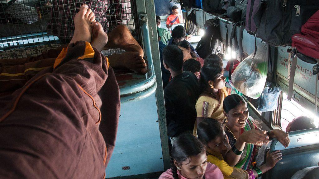 Voller Zug in Indien