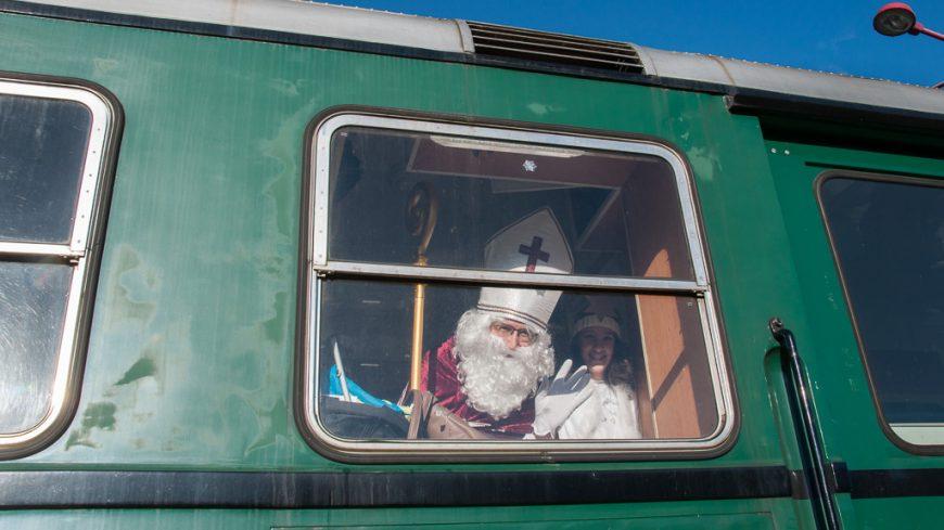 Nikolaus im Dampfzug der Pinzgaubahn