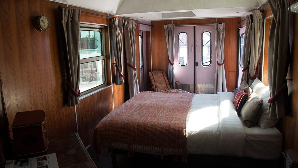 Train Hostel Brüssel Suite - Innenansicht