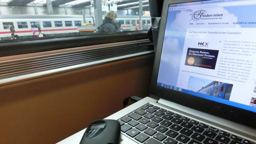 Laptop im Zug