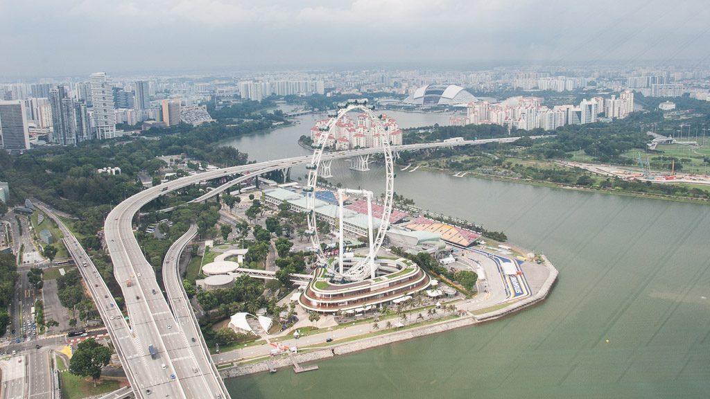 Observation-Deck Ausblick: Singapore Flyer und Formel 1 Ring