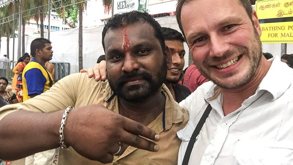 Thaipusam Gerhard Liebenberger und Inder in Singapur
