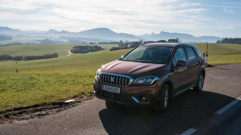 Suzuki SX4 S-Cross am Wallersee