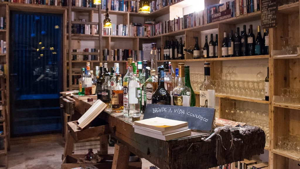 "Bar im Bücher-Hotel ""The Literary Man"""