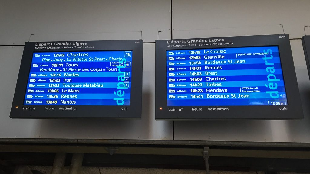 Paris Gare Montparnasse - Abfahrtsanzeige