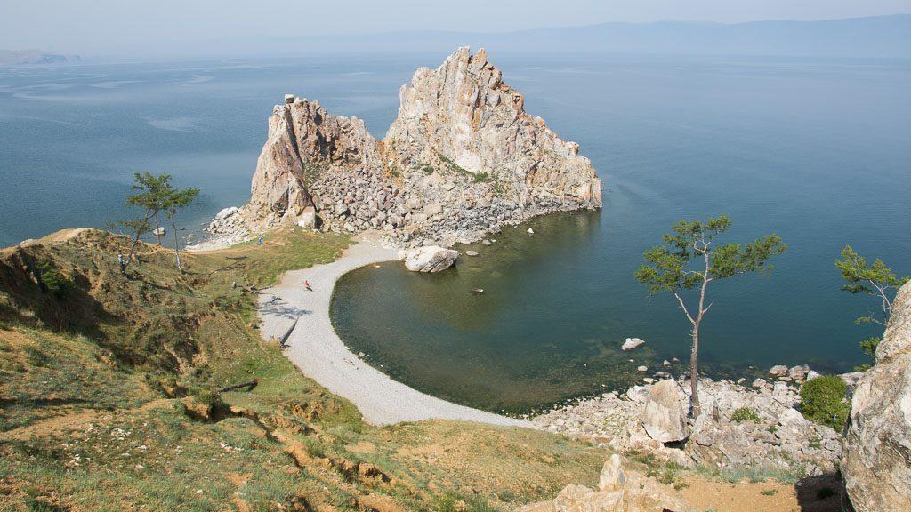 Schamanenfels auf der Insel Olchon im Baikalsee