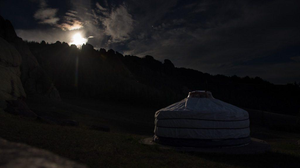 Tereldsch Nationalpark bei Vollmond