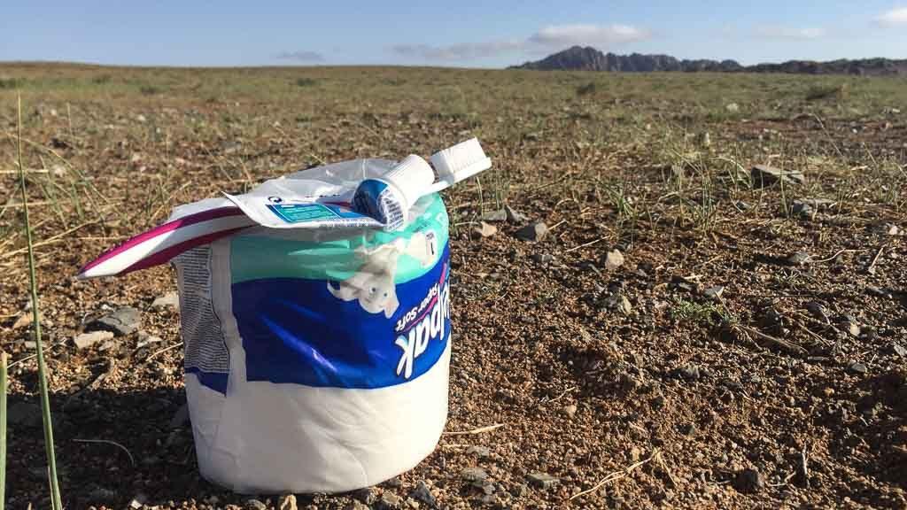 Toilettenpapier in der Wüste Gobi