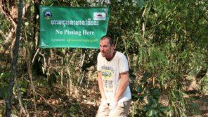 """Kambodscha """"No pissing here"""""""