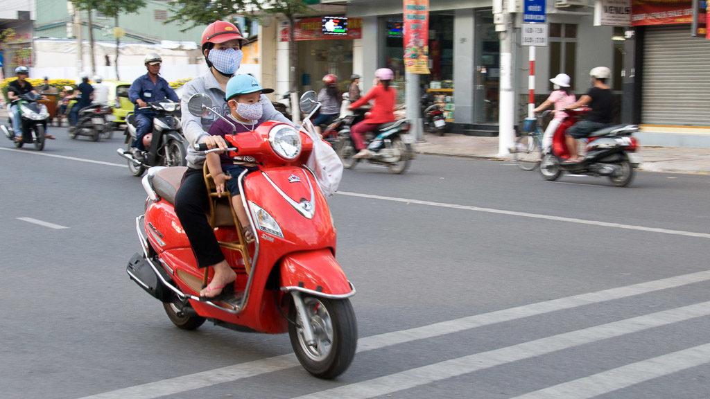 Moped mit Kindersitz