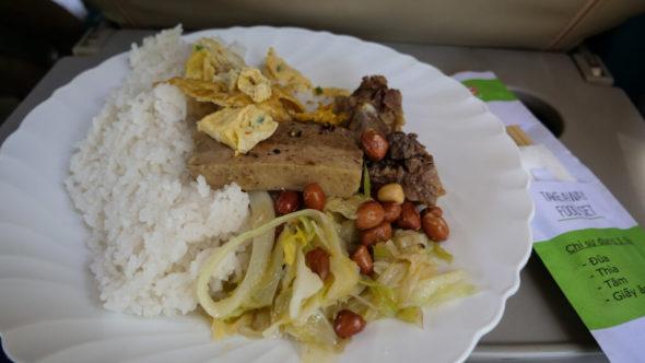 Essen im Zug in Vietnam