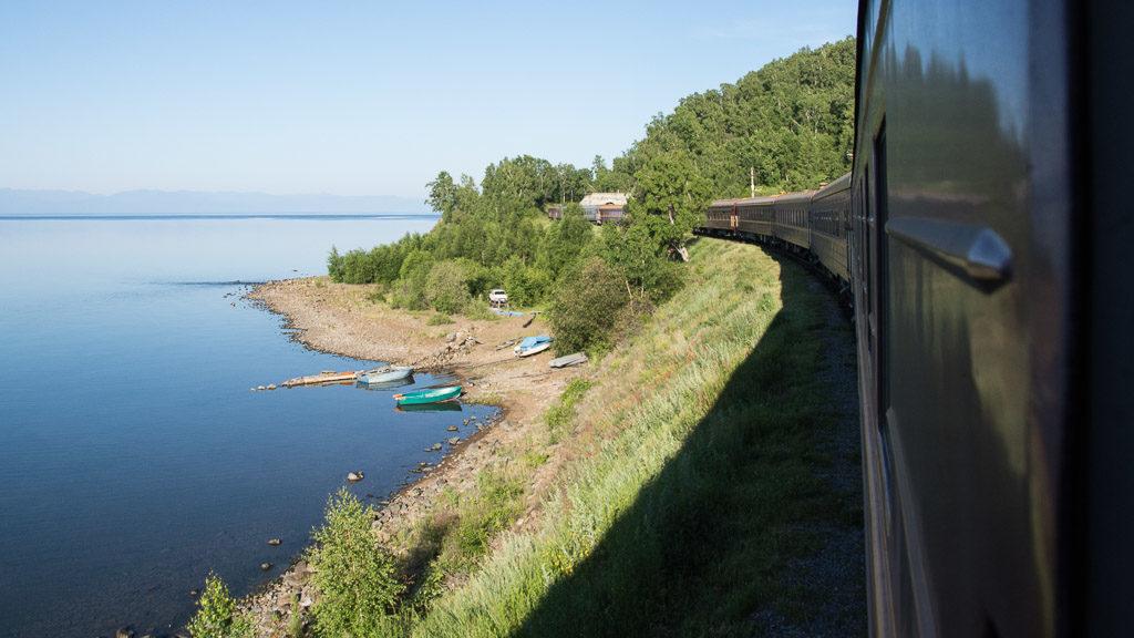 Transsibirische Eisenbahn Sonderzug Zarengold am Baikalsee