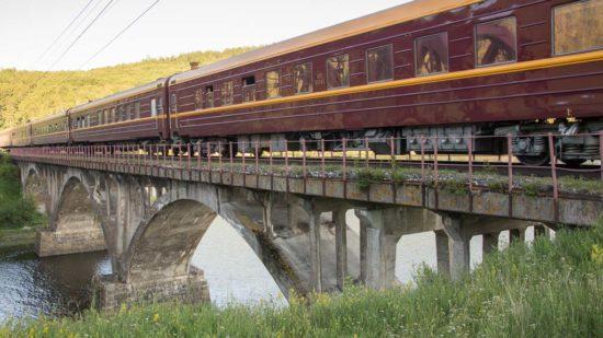 Transsib Sonderzug Zarengold am Baikalsee