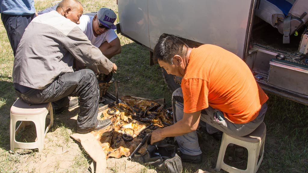 UZA Geländewagen Reparatur