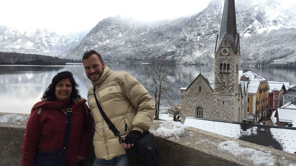 Vibha Jain und Gerhard Liebenberger in Hallstatt