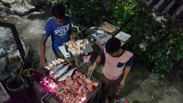 BBQ am Abend auf Koh Chang