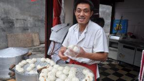 Baozi in China auf offener Straße