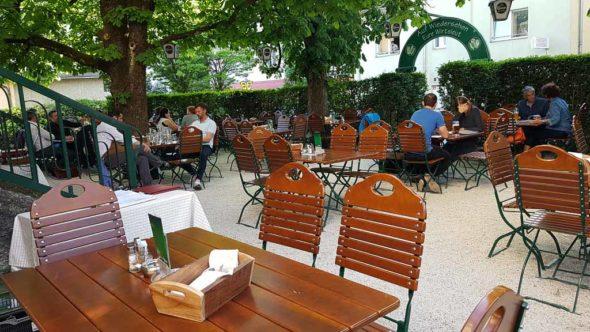 Gastgarten im Weiserhof by Jules