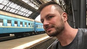 Gerhard Liebenberger ist Autor des Anders reisen Reiseblogs über die Themen Zugreise und Abenteuer